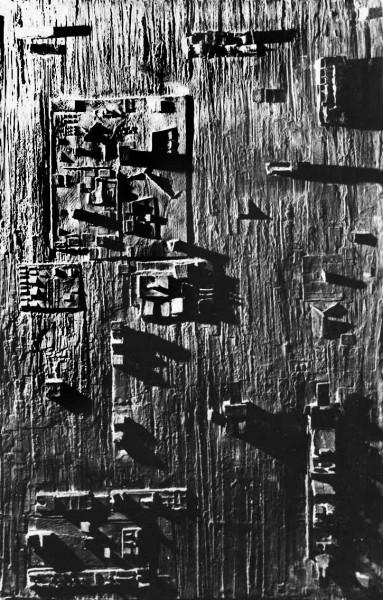 119. Le impronte dell'uomo Rilievo parietale